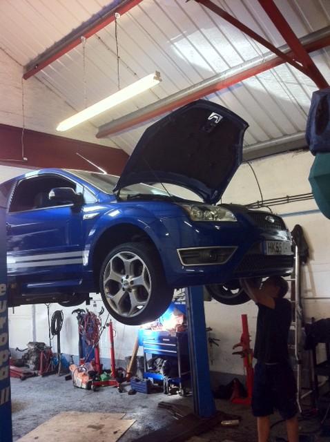 ford focus front wheel bearing repair