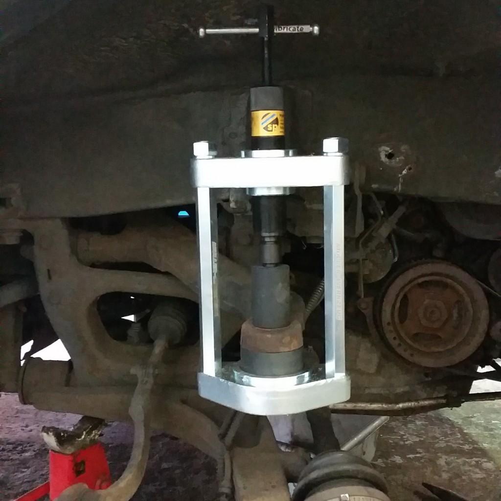 Renault Master & Vauxhall Movano Front Swivel Repairs