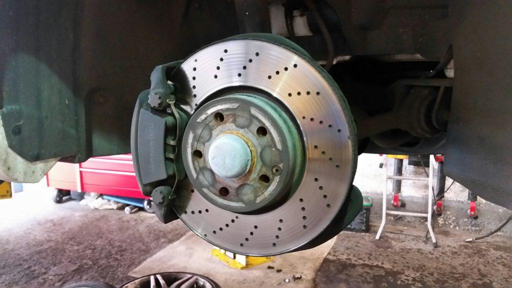 mecedes brakes and pads aqua garage